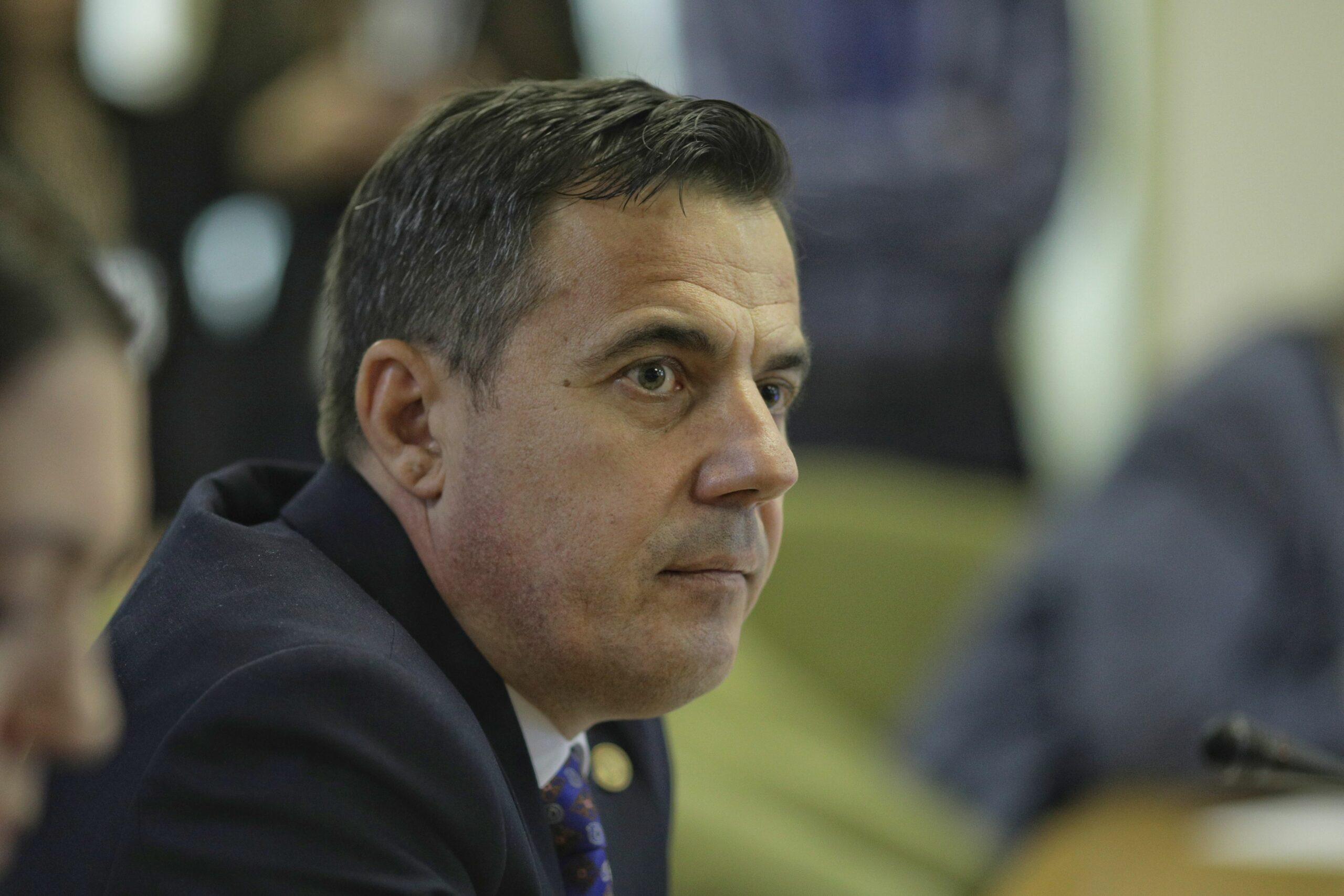 Ministrul Ion Ștefan. Casa și băncile