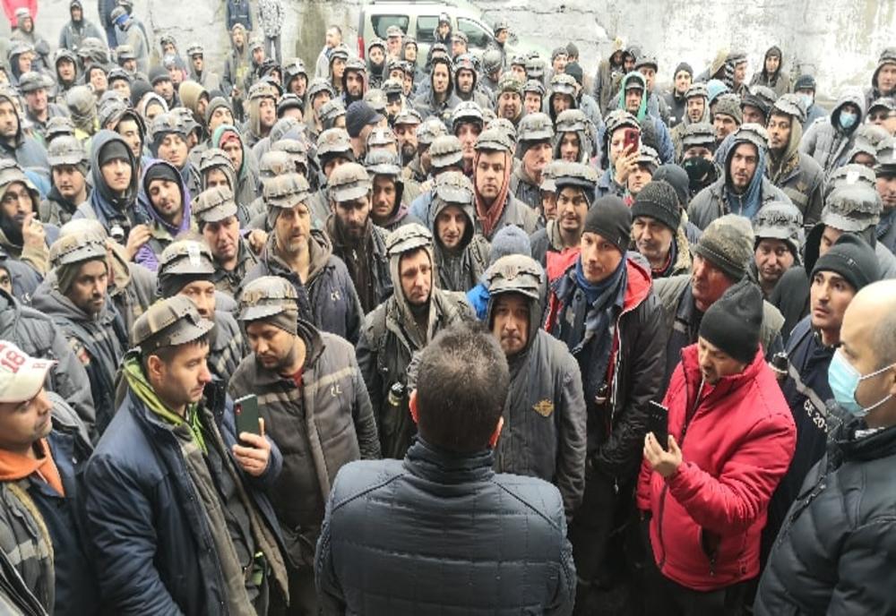 Marcel Ciolacu: în starea de urgență s-a furat de 15 ori suma datorată minerilor