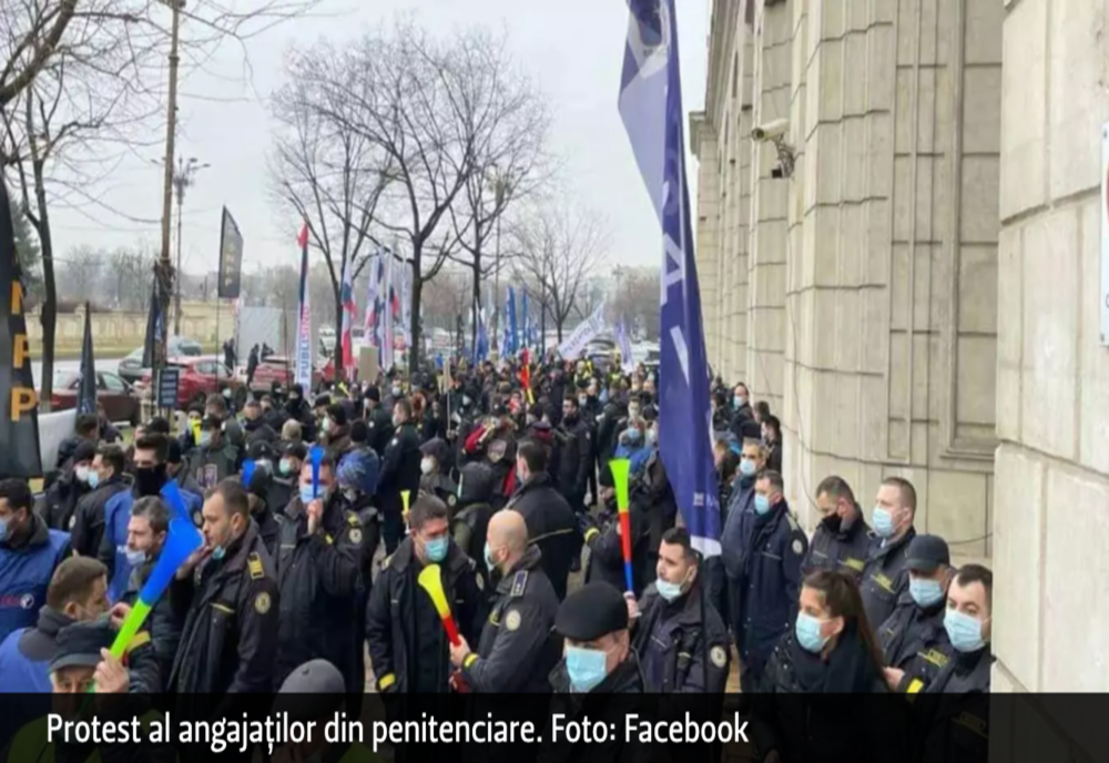 Protest la Ministerul Justiției. Sindicaliștii din penitenciare au ieșit din nou în stradă