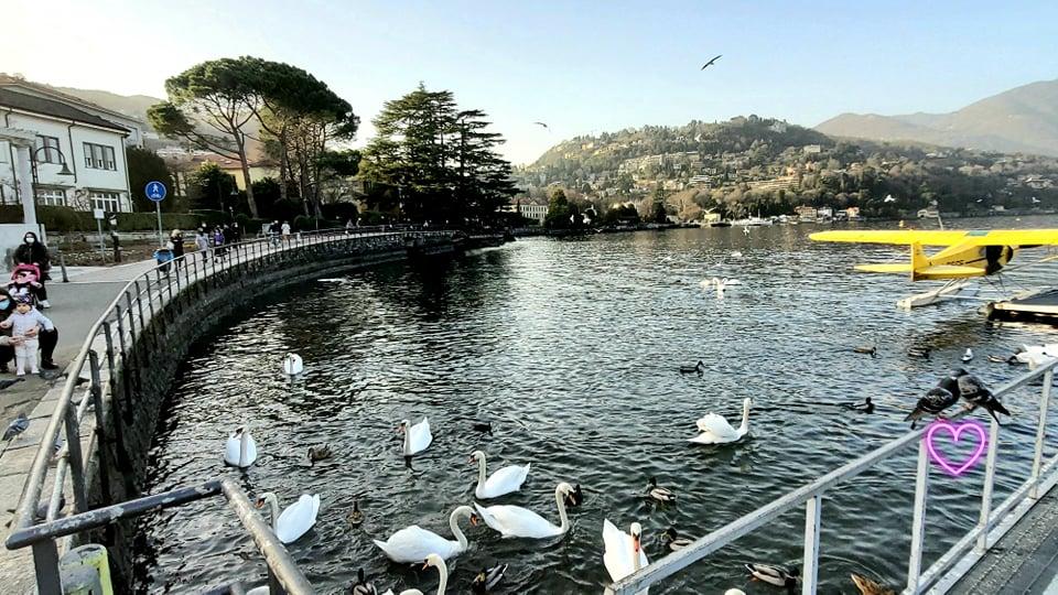 Cum se vede pandemia de lângă lacul Como și cum rămâi fără masă la restaurant de ziua ta