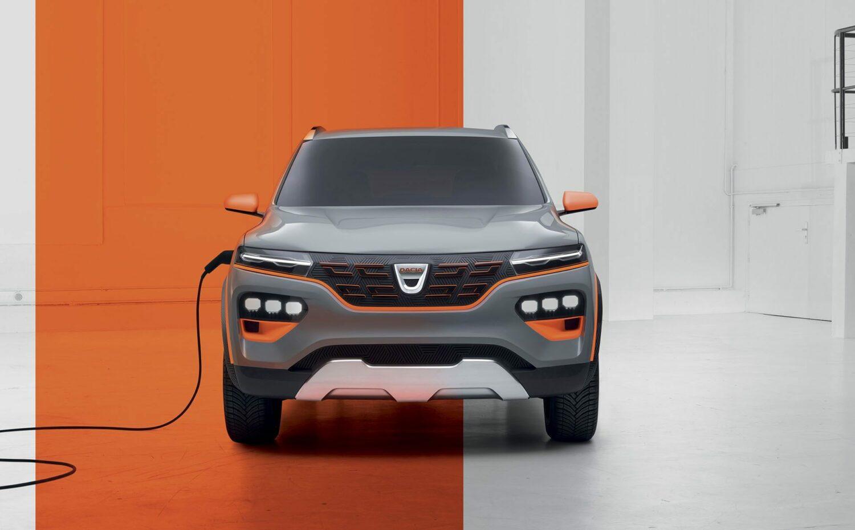 """O veste proastă pentru Dacia Pitești: Renault face în Spania """"polul"""" său de mașini electrice și hibrid"""