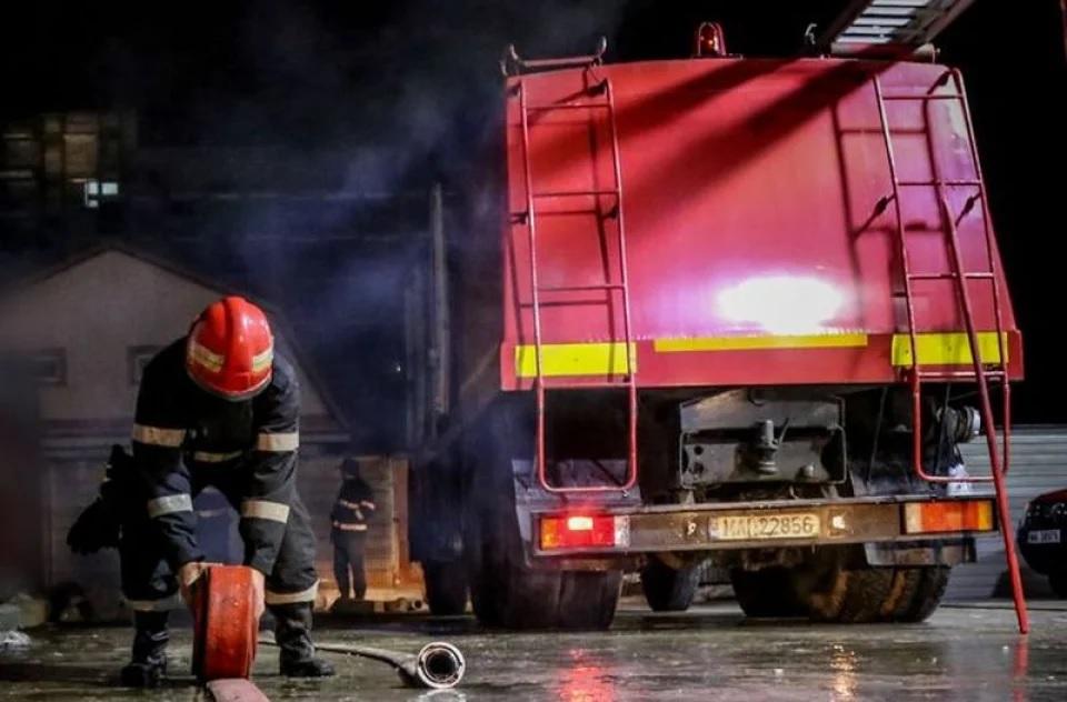 Trei cadre medicale au sărit de la etaj de frica incendiului de la Spitalul de psihiatrie din Craiova