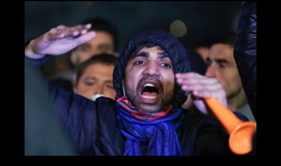 SONDAJ. Cine este marele vinovat pentru protestele anti-mască, ilegale și violente?