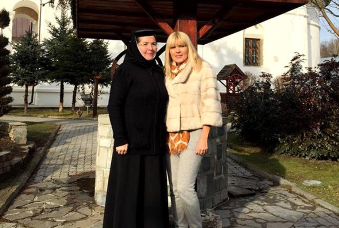 Elena Udrea pariază pe judecata lui Dumnezeu. Că justiția pământeană e prea oarbă…