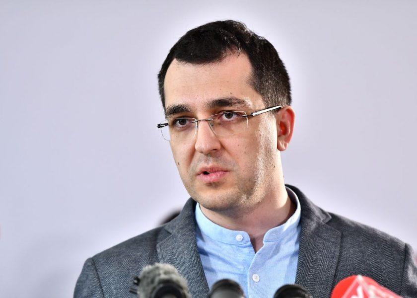 SONDAJ. Cât va mai rezista Vlad Voiculescu în funcția de ministru al Sănătății?