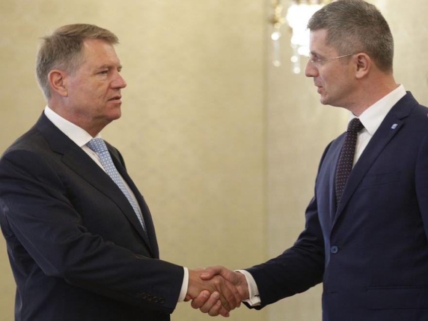 Ce-a vrut să spună Iohannis cu pomenirea USR în mesajul de după căderea Guvernului Cîțu