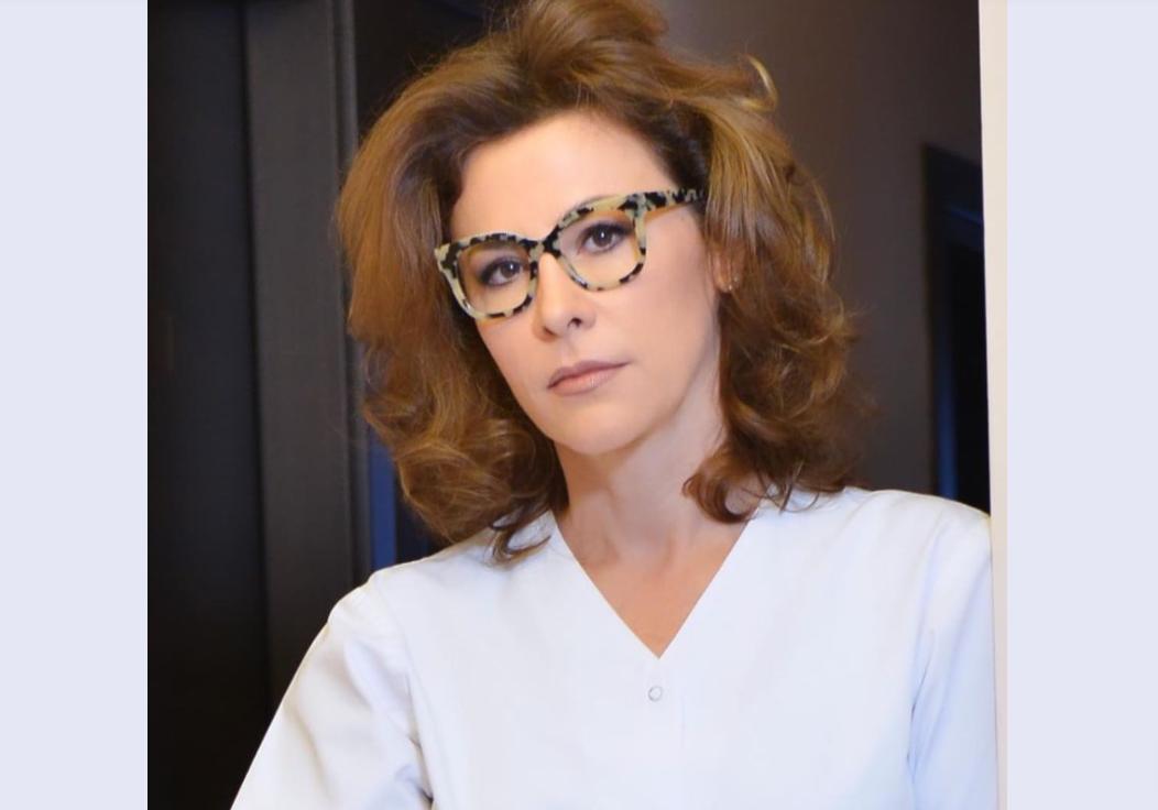 """Adina Alberts, gata să dea lovitura în afaceri: cere donații pentru a continua """"lupta"""" cu vaccinurile"""