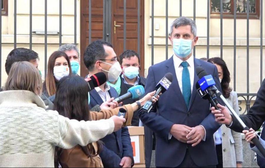 """Dan Barna, """"spate în spate"""" cu Vlad Voiculescu și alături """"de toți oameni buni"""" în reformarea Sănătății"""