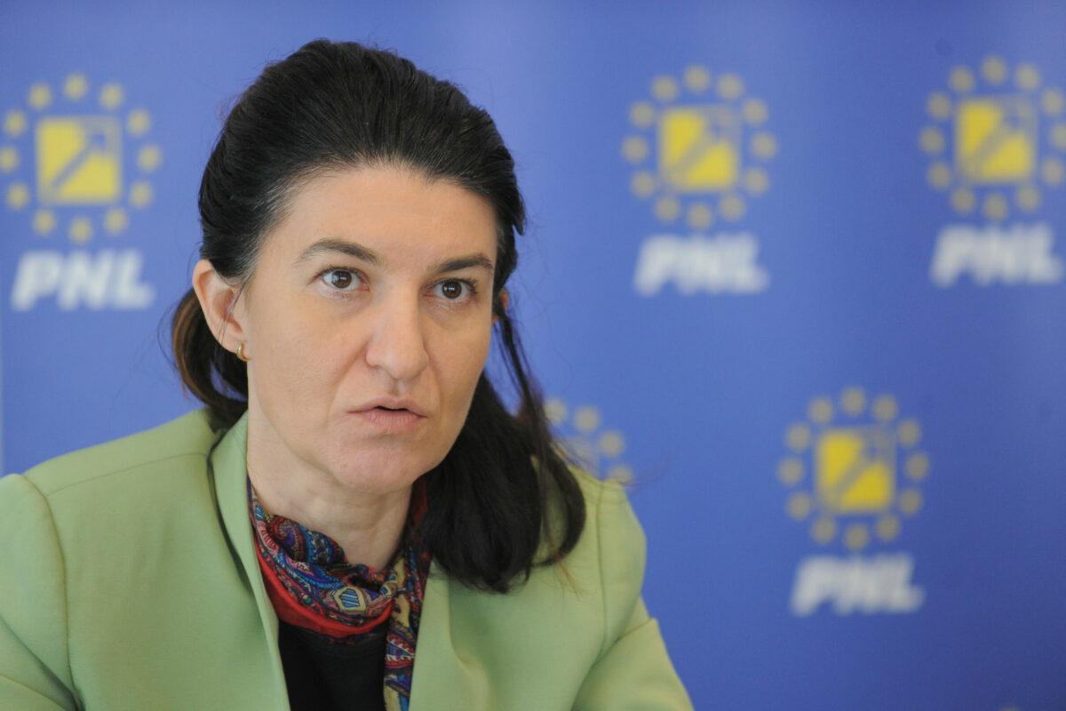Revine în forță Violeta Alexandru. Mesaj pentru USRPLUS: Nu omorâți Bucureștiul prin blocaj administrativ!