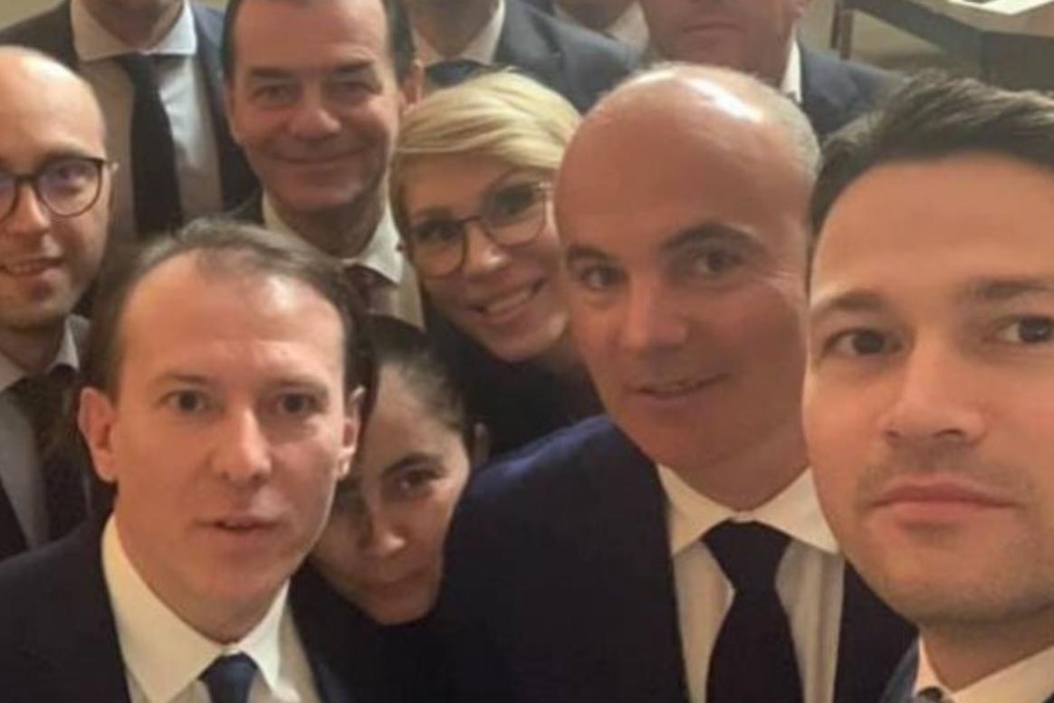 """Rareș Bogdan: """"Este o intoxicare un Guvern fără Florin Cîțu. El e singura opțiune și ca premier, și ca președinte PNL"""""""
