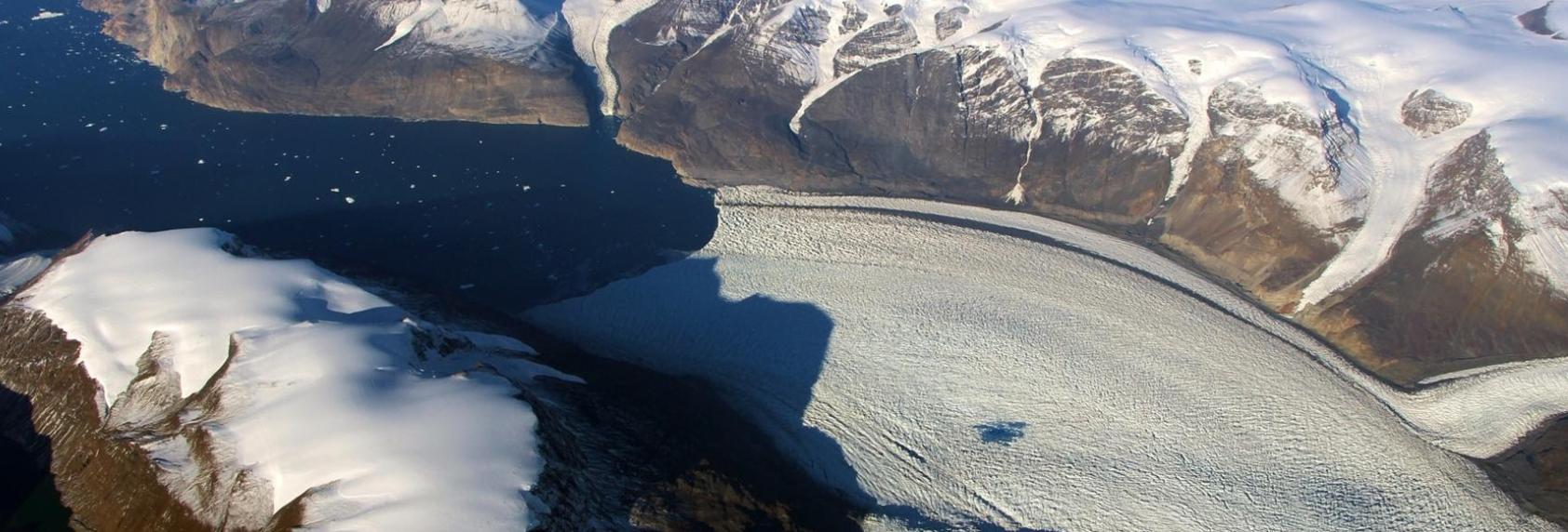 Cum afectează schimbările climatice axa de rotație a Pământului