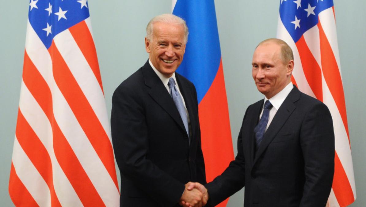 """Ce va discuta Biden cu """"criminalul"""" Putin? """"Va plăti"""" Rusia pentru că hackerii ei l-au făcut președinte pe Trump?"""