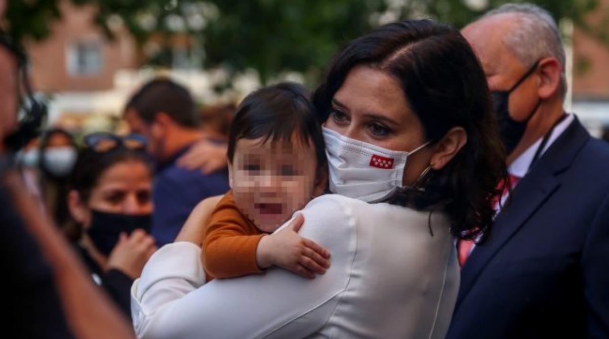 Viitoarele mame vor primi 14.500 de euro pentru fiecare nou-născut. Măsuri noi pentru stimularea natalității în UE