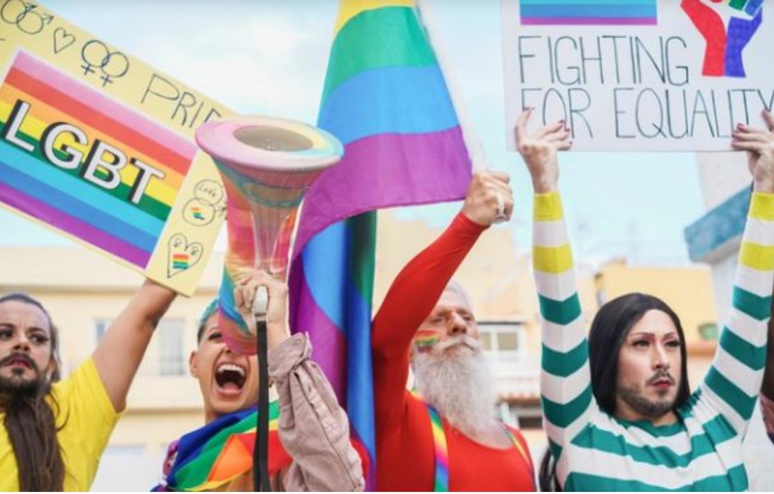 Guvernul Spaniei dă undă verde schimbării de sex de la 16 ani. Modificarea va apărea în cartea de identitate
