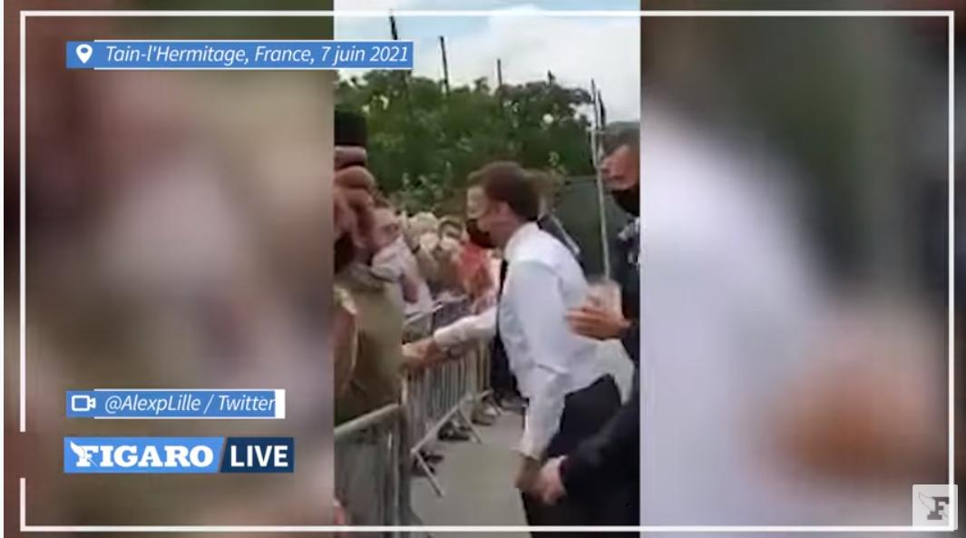 VIDEO: Președintele Franței, plesnit peste față de un protestatar