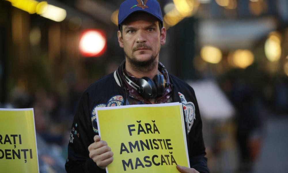 """Tudor Chirilă amenință """"guvernarea #Rezist"""" cu proteste: """"Piața Victoriei e tot acolo. Păcat că vă bateți joc de viețile noastre…"""""""