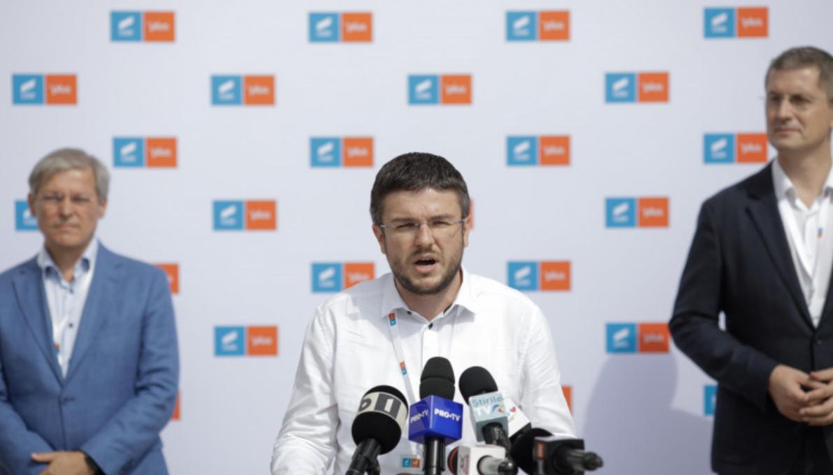 """""""Trăiască hoția din USRPLUS!"""". Cioloș și Barna, somați de colegi să oprească frauda la votul intern"""