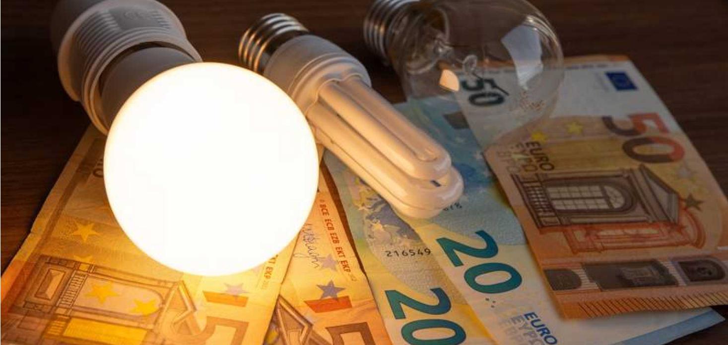 Septembrie negru: factura la curent electric va fi de 102,71 €, dublu față de anul trecut! Prețurile nu pot fi oprite până în 2023
