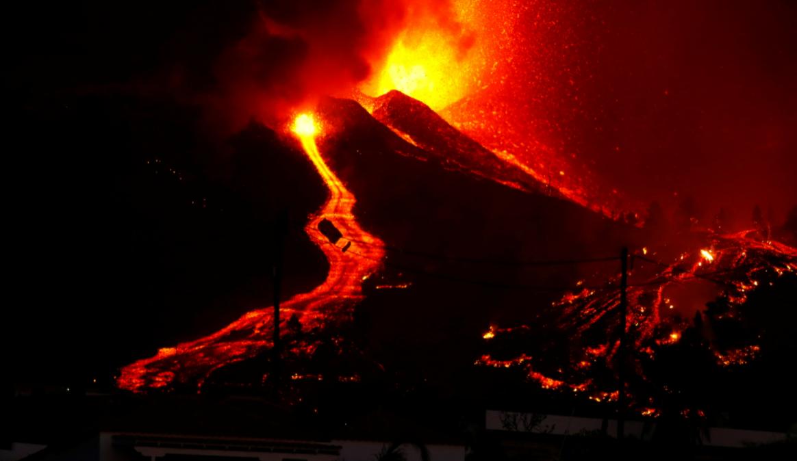 VIDEO. 2.935 de cutremure sub vulcanul din insulele Canare a cărui erupție nu se mai oprește!