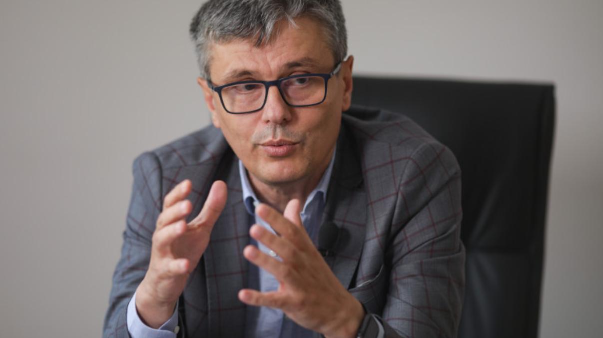Cine sunt liberalii care au reacționat dur după atacul lui Ludovic Orban la Klaus Iohannis